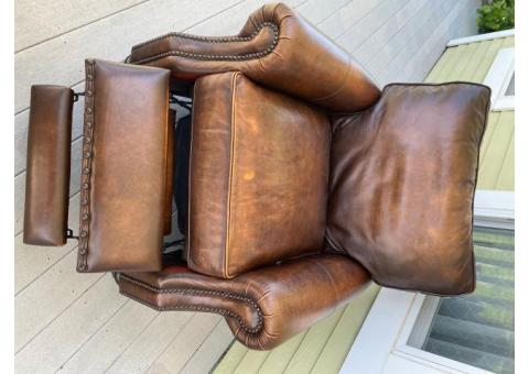 Leather Chair/recliner